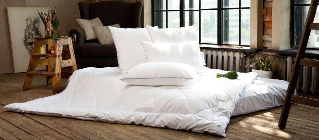 Качественная химчистка подушек и одеял в Москве